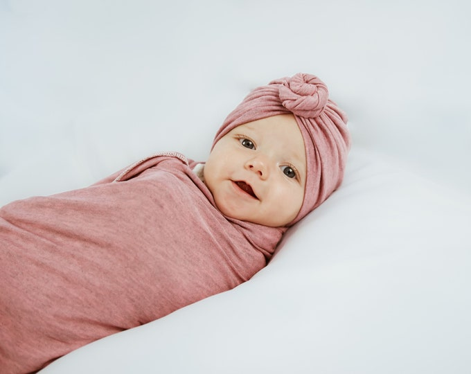 Baby Swaddle Blanket Set - Heather Pink and Grey colors | Swaddle and Knotted Turban or Headband