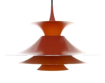RADIUS 1, red pendant by Erik Balslev, Fog & Morup, 1977. Danish vintage design. Gorgeous large two toned red/orange hanging lamp