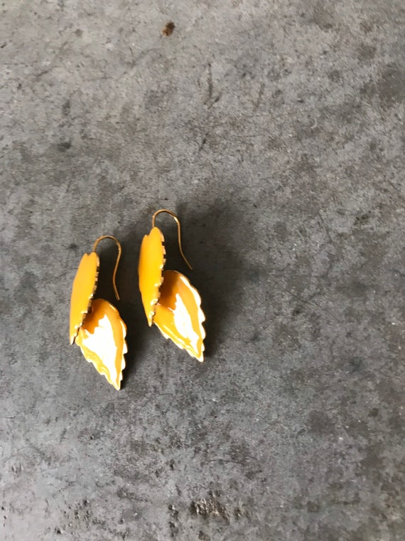 Vintage Marigold Yellow Enamel Leaf Dangle Earrin… - image 3