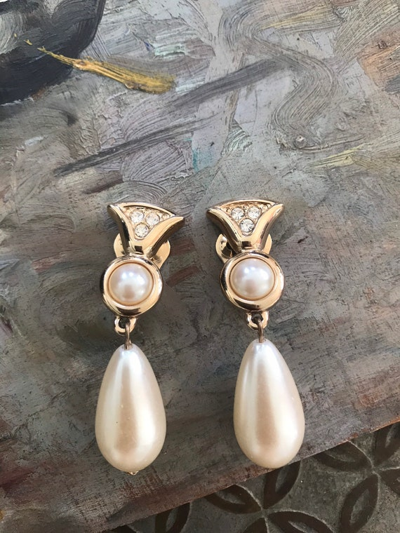 Vintage 1980s Gold Plated Synthetic Pearl Rhinest… - image 1