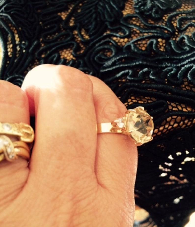 Size 6.5. Large 1cm Topaz /& CZ Dress Ring Topaz Ring Size M 9K Gold