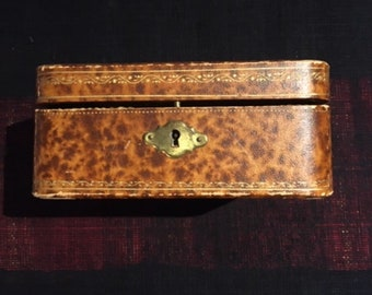 Antique French Large Jewelry Case 1920s, Jewellery Boxes, Vintage Jewelry box, 16.5 cm X 16.5 cm,