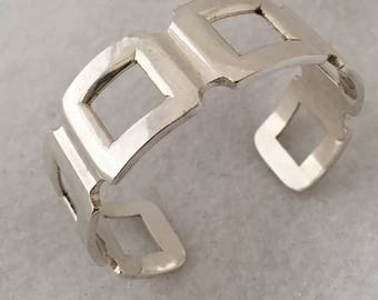 Unique Cuff Square Sections 925 Sterling Silver Bracelet Made Mexico weighs - 0.42 grams over one oz