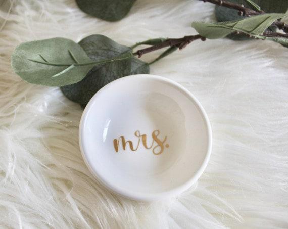 Mrs Ring Dish, Custom ring dish, Small ring dish, Ring holder, Mini ring dish, bride ring dish, ring trinket, ring tray
