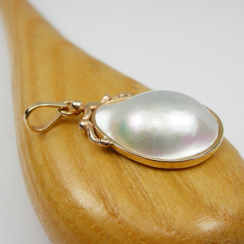 Pearl45 Pear 21x16mm Odd Shape High Luster Australia Saltwater Broome Mabe Pearl Bezel Drop Pendant Genuine 375 9k 9ct Yellow Gold
