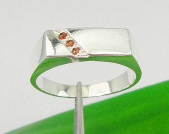 Natural Garnet Gemstone Men Signet Ring Genuine 925 Sterling Silver or Genuine 375 9ct 9k or 750 18ct 18k Yellow Gold - R3923
