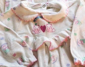 Vintage 90s Pastel Ruffle Butt Bear Footie Pajamas Alexis Baby Infant  13-18lbs 5a68342de