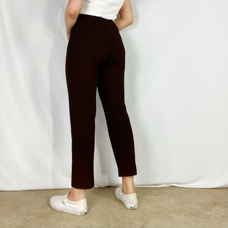 90s Textured Joggers Small Dark Brown Straight Leg Tapered Fit High Waisted Elastic Waist Pants Relaxed Comfortable Sweatpants Vintage Y2K