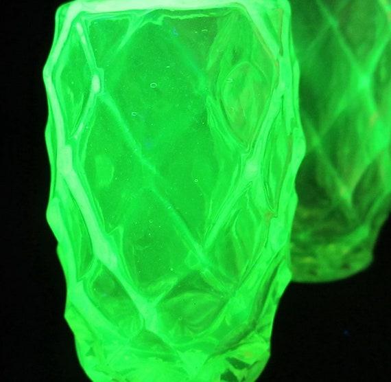 datazione uranio vetro