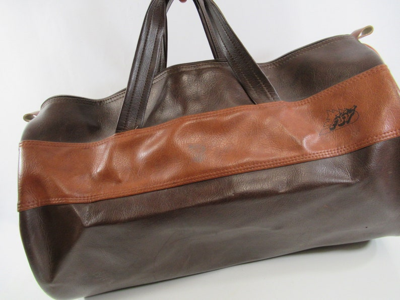 Vinyl Gym Bag Family Fitness Center Retro Duffel Vintage Brown Overnight Bag 1970s