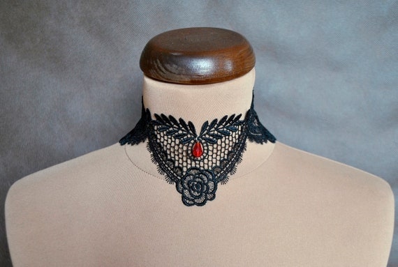 BLACK STRETCH ELASTIC FABRIC WIDE FRILL MOULIN ROUGE BURLESQUE CHOKER NECKLACE