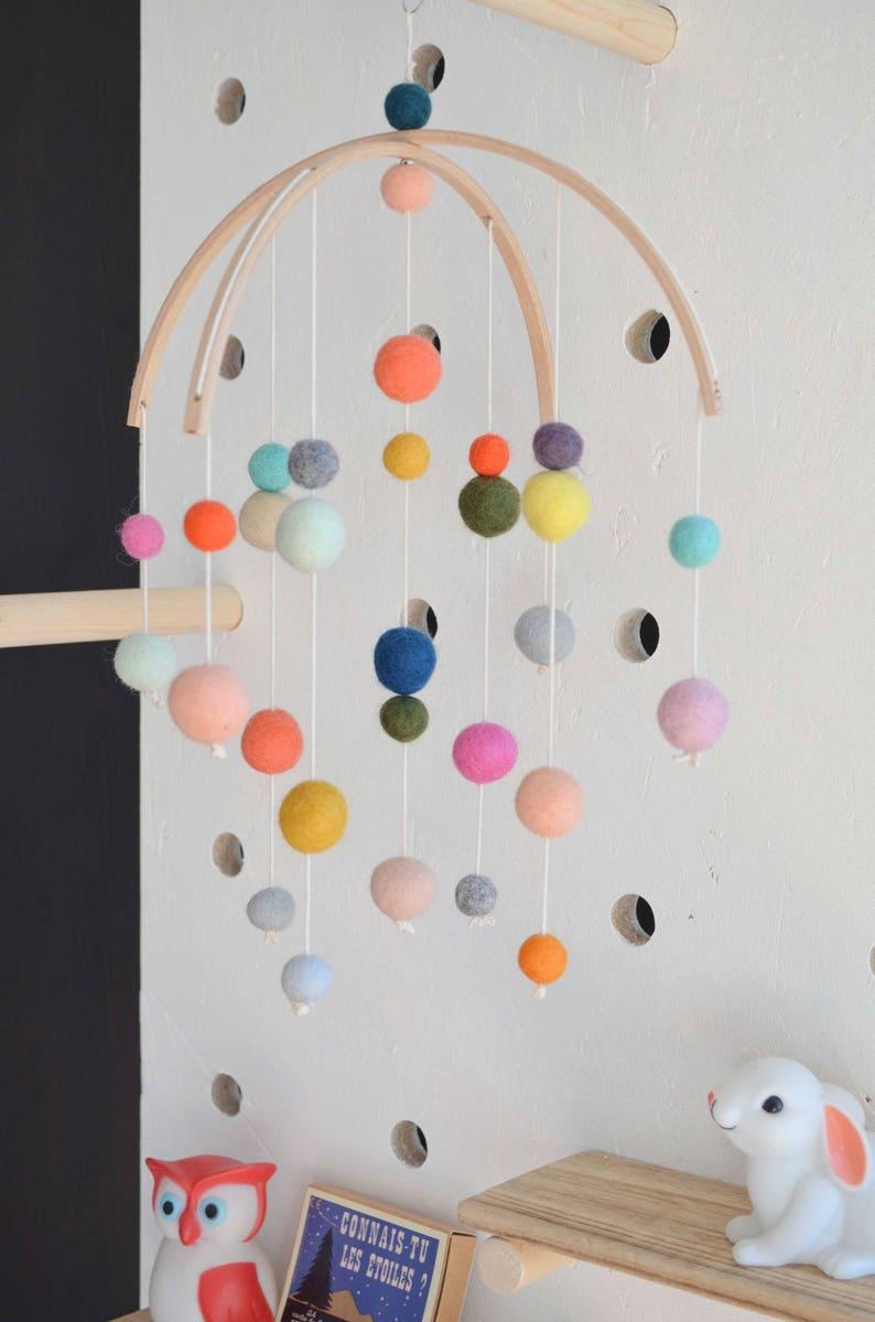 Mobile coloré pour enfant décoration chambre enfant   Etsy