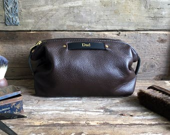 Brown Leather Toiletry Bag, Men's Anniversary Gift, Personalized Dopp Kit, Leather Toiletry Bag, Leather Dopp Kit, Leather Bag, Husband Gift