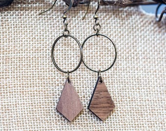 Hammered bronze circle with wooden diamond shape earrings