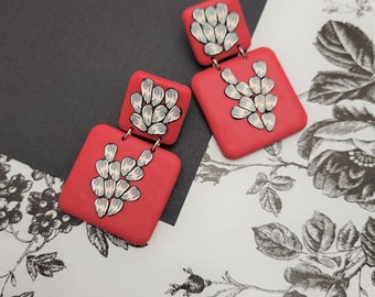 Sketched Petals | Hypoallergenic Floral Theme Polymer Clay Earrings