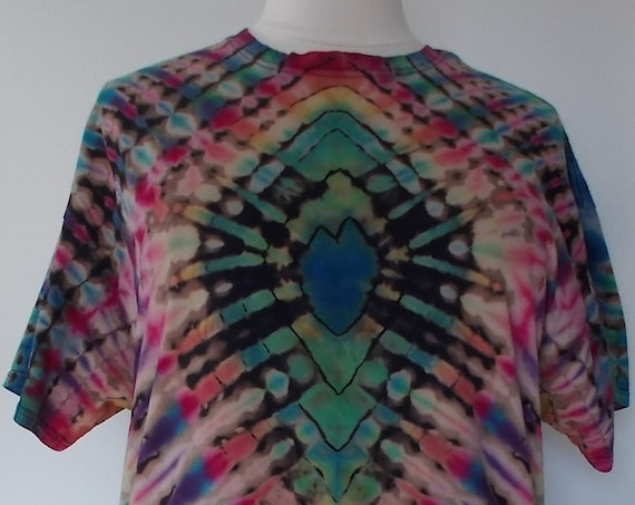 2XL Reverse dyed, Bleach Dyed, Tie Dyed Tshirt