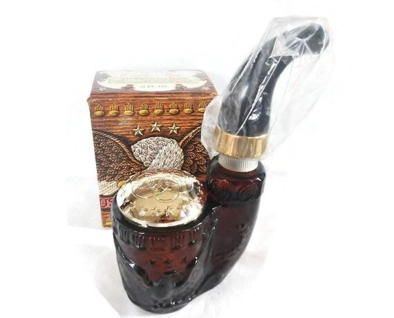 Vintage Avon American Eagle Pipe Tai Winds Cologne amber brown glass, plastic mouthpiece decanter, man, men,Americana,patriotic,in box