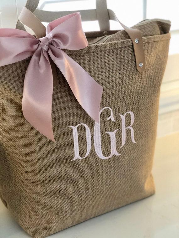 Set of 4 Monogrammed Jute Burlap Tote Bag Personalized Natural Jute Tote Bag Bridesmaid or Wedding Party Gift Light Blue Rose Blush Navy