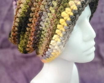Crocheted slouchy hat, size XL