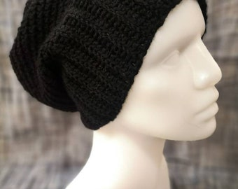 Crocheted slouchy hat, size M