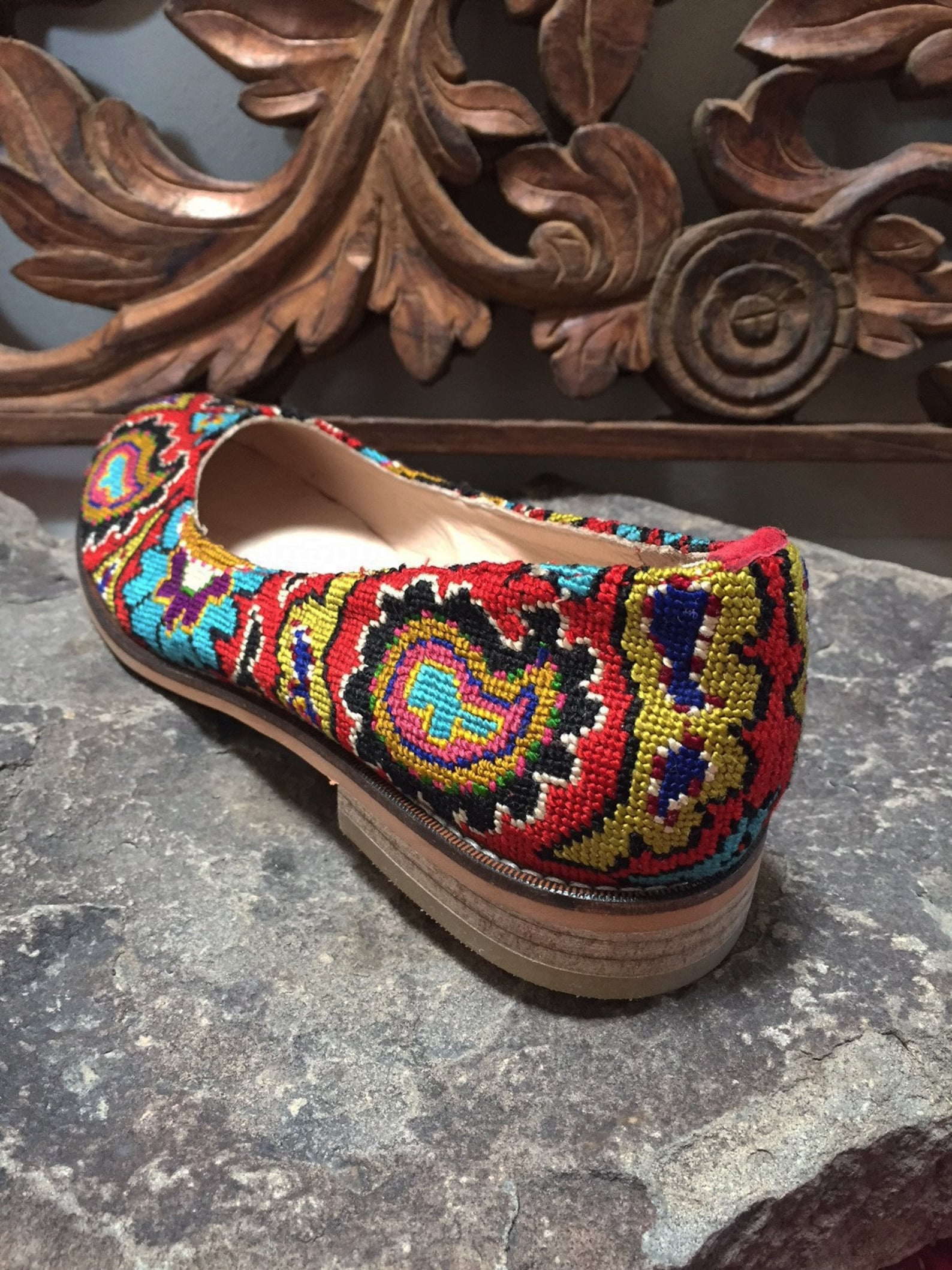 embroidered ballet flats- size 39 (us 8.5) silk petit point needlepoint tribal suzani uzbekistan ethnic boho festival rounded to