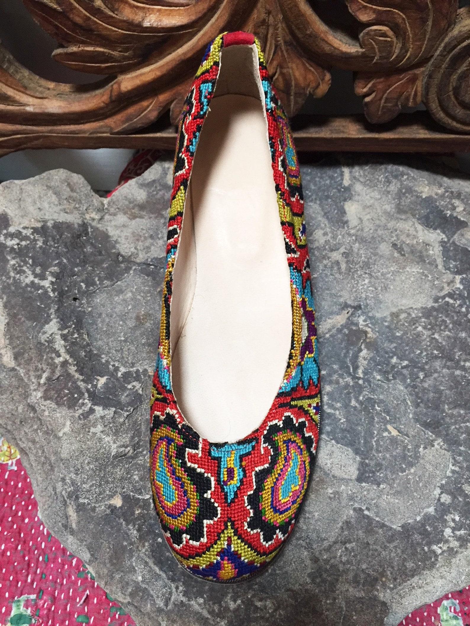embroidered ballet flats- size 39 (us 8.5) silk petit point needlepoint tribal suzani uzbekistan ethnic boho festival rounded to