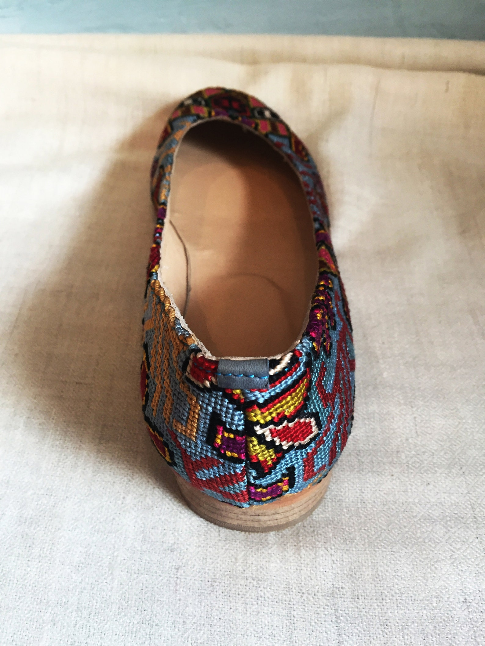 embroidered ballet flats- size 37 (us 6.5) silk petit point uzbekistan boho festival rounded toe slip on needlepoint paisley flo