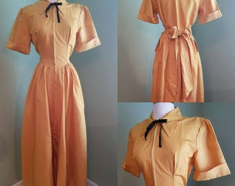 1940s Mustard Gold Dressing Gown