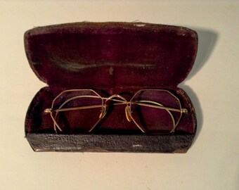 a0da2eb507e8 Vintage Octagon Gold Wire Rim Eyeglasses