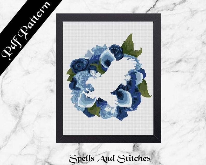 Wizarding School Raven / Eagle House Floral Emblem Cross image 0