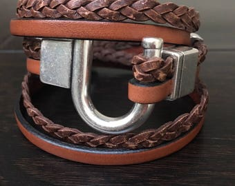 Brown Leather Wrap Bracelet for Women, Girlfriend Valentine's Day Gift, Lucky Horseshoe Bracelet, Horse Lovers Gift, Equestrian Jewelry