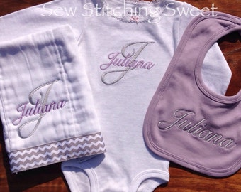 Birth Annoucement Personalized Onesie or Burp cloth Size 6-24 months
