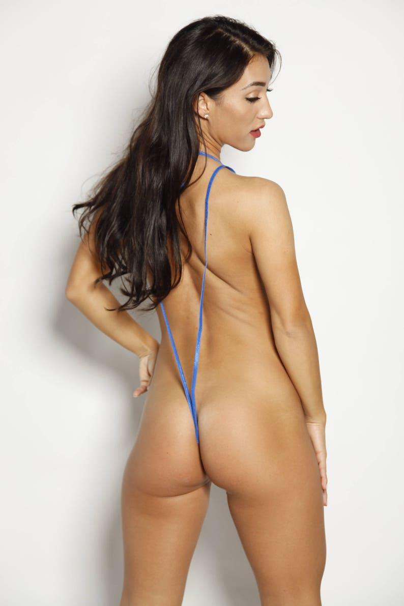 japanese-slingshot-bikini-models-topless-sexy-guys