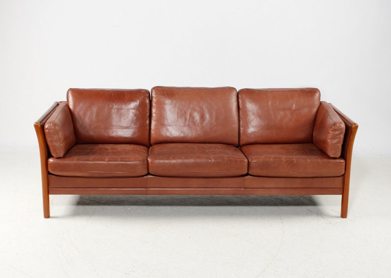 Lovely 3 Seater Vintage Leather Sofa By Mogens Hansen Danish Mid Century Design Cognac Coloured