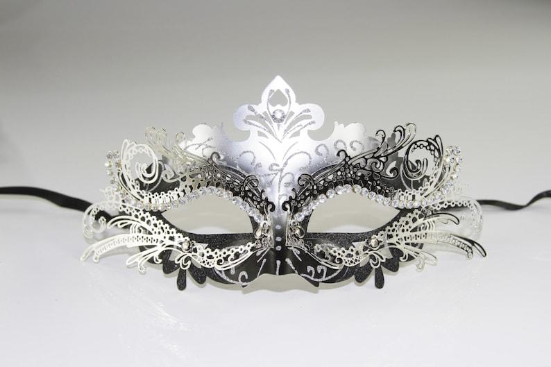 Prom Classic Black /& Silver Venetian Masquerade Mask Glitter Mask with Silver Laser Cut Metal Design Wedding Mardi Gras MEP001BKSL