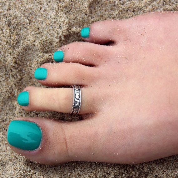 sterling silver knuckle ring Elephant design above knuckle ring adjustable midi ring also toe ring T42