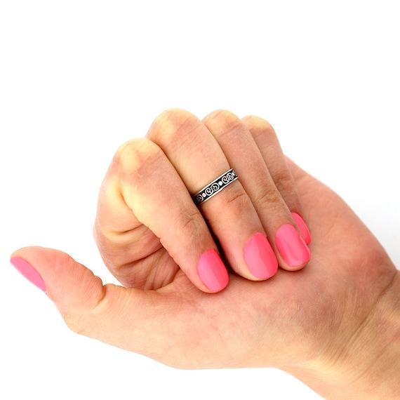 Sterling silver 925 knuckle Ring Tribal design adjustable midi ring T133