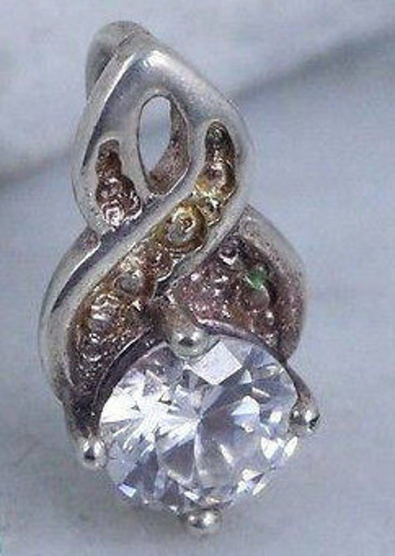 Sterling Silver Necklaces / Crystal Necklaces / Si