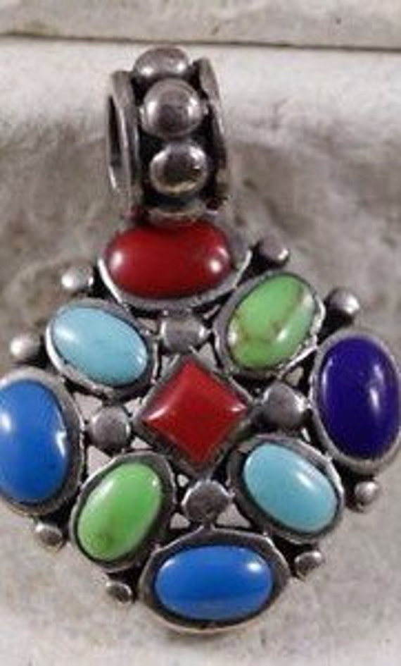 Multistone Necklaces / Turquoise Necklaces / Red O