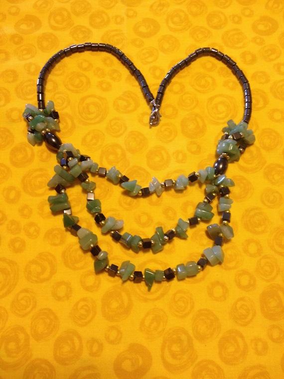 Bib Necklaces / Vintage Necklaces / Jade Necklaces