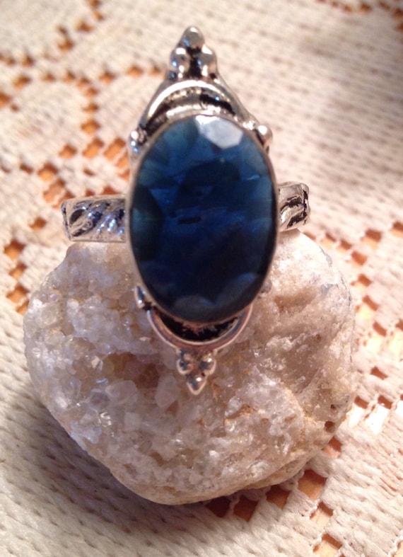 Vintage Rings / Sterling Silver Rings / Tanzanite