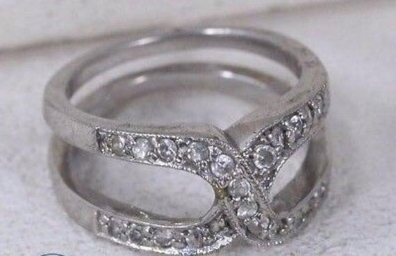 Multistone Rings / Engagement Rings / Wedding Ring