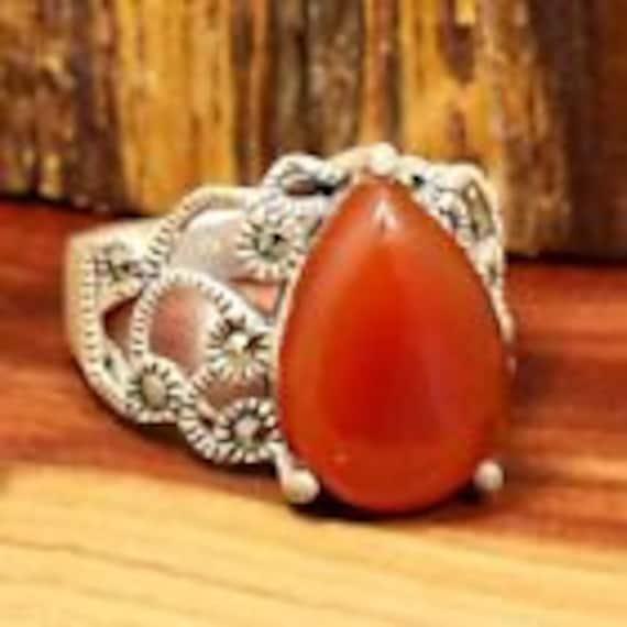 Vintage Rings / Multistone Rings / Carnelian Rings