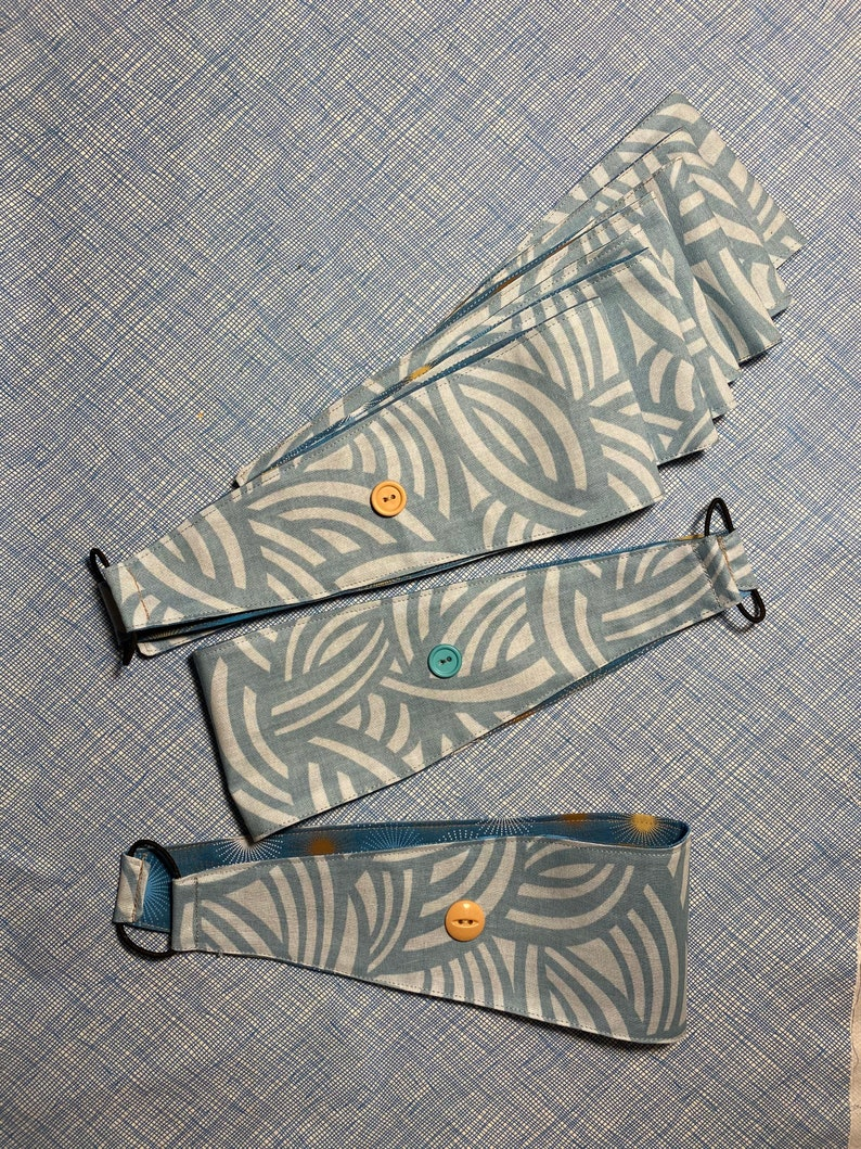 Headband with buttons to use with masks image 0