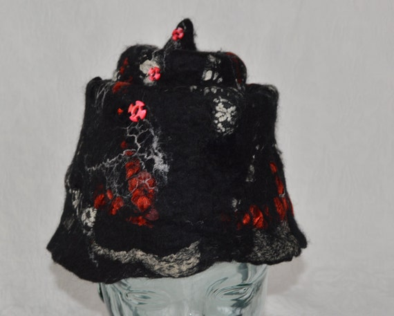 Black and Red Bucket Hat