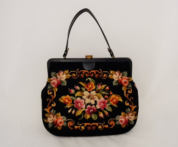 Vintage 1950's needlepoint Purse