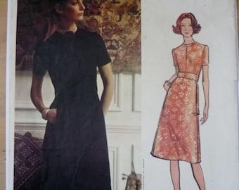 ecb7d1872b25e Vintage Sewing Patterns: Vogue Couturier Deisgn. Vogue 2609 Designed by  Mattli. Dress pattern. Bust 38