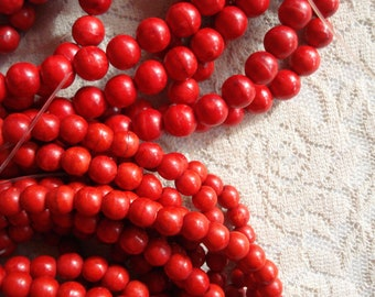 Glass Bead Mix // Bracelet Making Kit Red Holly Berry Gold /& Green