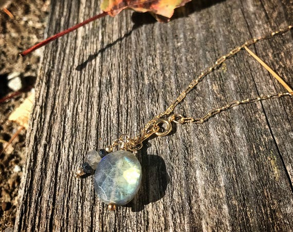 "Labradorite and black spinel  pendant necklace ~ Blue flash faceted labradorite ~ 18"", 46cm ~ 14k gold fill ~ handcrafted artisan made"