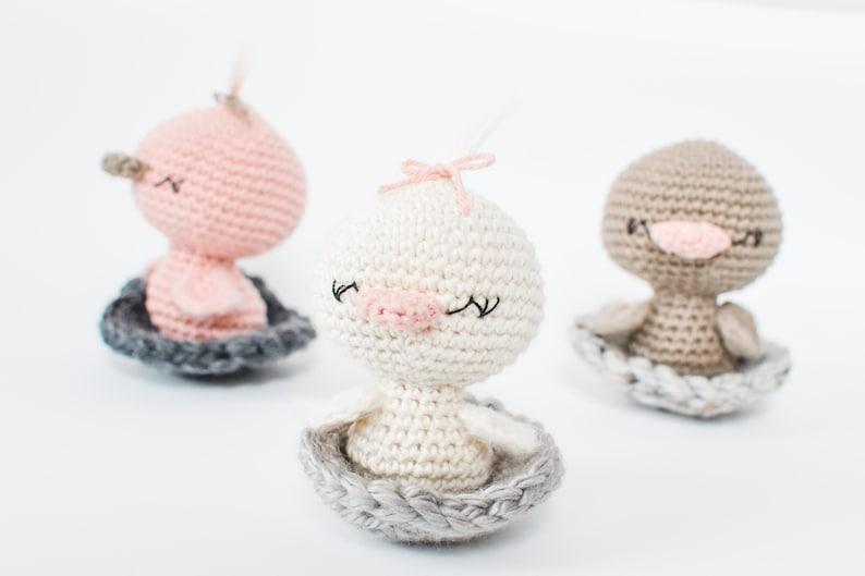 Duck CROCHET PATTERN. Dottie The Duck. Crochet Duck Pattern. image 0